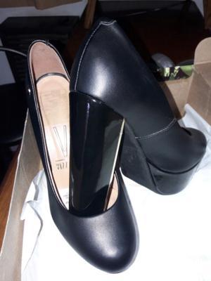 Zapatos negros 36