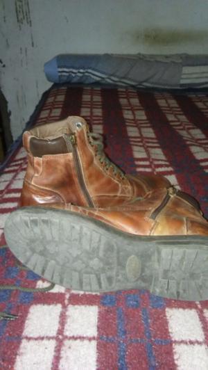 Borcegos y zapatos