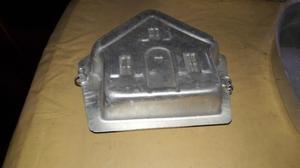 Molde de torta casita doble de aluminio