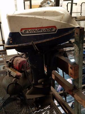 Motor fuera borda evinrude yachtwin 8hp pata2 posot class for Fuera de borda pelicula