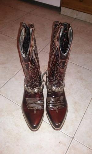 3653af81cc Vendo botas texanas hombre