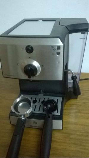 Maquina de cafe Expreso y Maquina para pintar nueva