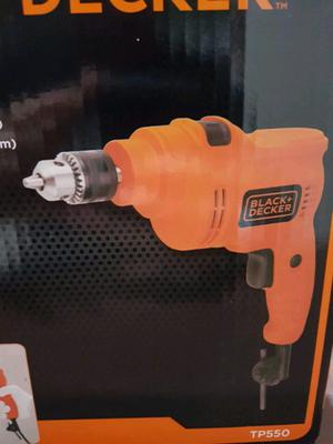 TALADRO 10MM BLACK AND DECKER CON PERCUTOR