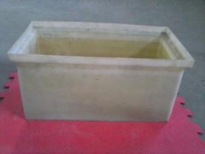 Vendo cuba de plástico reforzado, ideal para enfriar