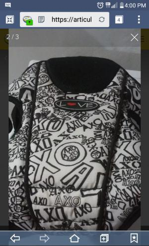 mochila porta bebé marca LOVE