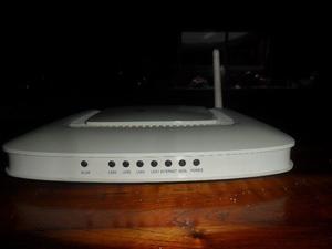 modem wifi de 4 bocas usado completo