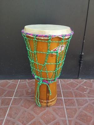 djembe de madera peruano
