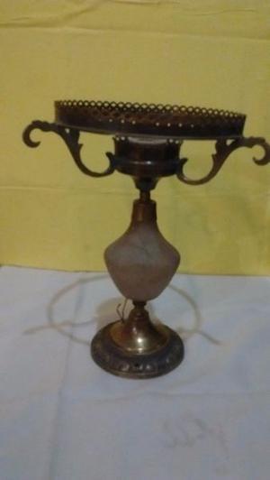 Antiguo Velador De Bronce Macizo De Alabastro