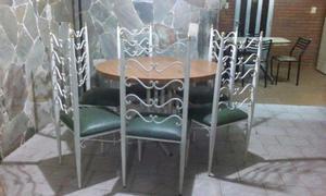 Juego de comedor:Mesa y sillas