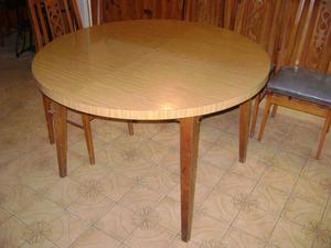 Juego mesa redonda extensible y 6 sillas posot class for Mesa redonda para 6 sillas