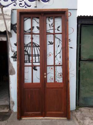 Puertas doble hoja de pinotea posot class for Puertas antiguas dobles