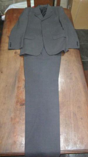Ambo de vestir (saco y pantalón) en talle 46