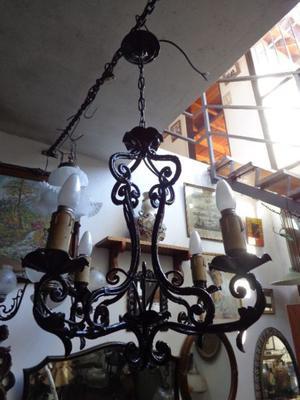 Antigua araña provenzal cuatro luces. Antigua Saudade
