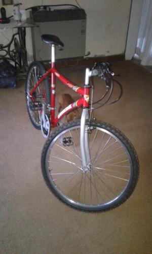 Bicicleta casi sin uso tomaselli rod 26