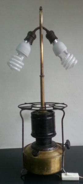 Lámpara vintage antigua