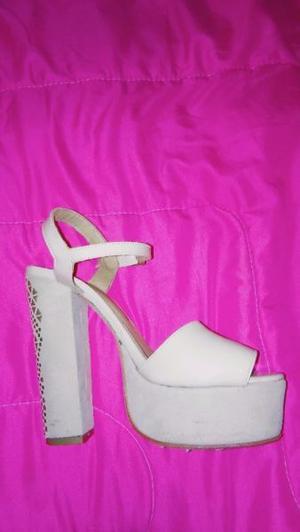 VENDO zapato de fiesta, hermoso! NUEVO