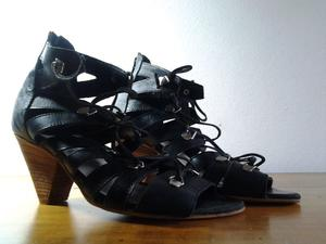 Zapatos de cuero negro Nro 38