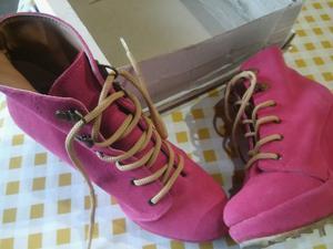 vendo urgente botas de gamuza
