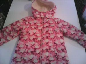 Campera de nena talle 10 impecable