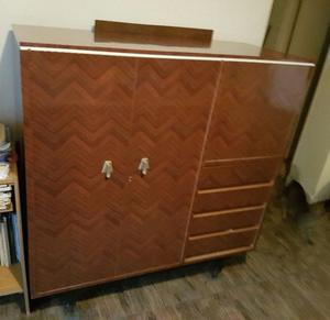 Mueble Cristalero / vajillero