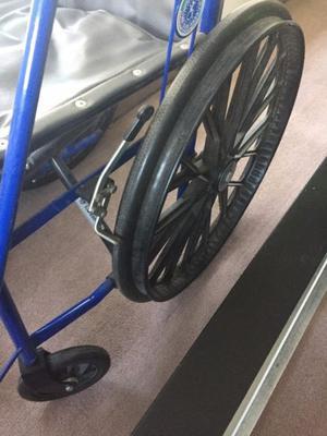 Silla de rueda nueva