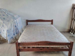 Vendo cama usada de dos plazas con colchon
