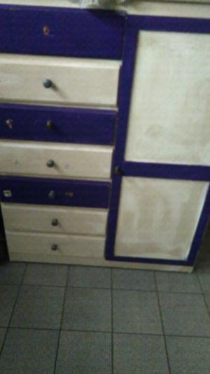 Vendo mueble para chicos de pino