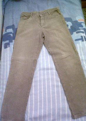 pantalon de corderoy, marca Bachino