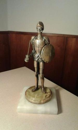 Adorno Don Quijote con escudo