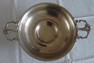 Centro de mesa o frutera de bronce plateado