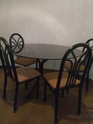 Juego Mesa vidrio templado y 6 sillas