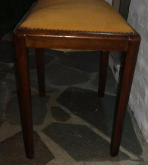 Sillon y Banqueta antiguo para tapizar