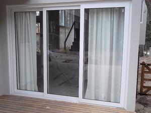 Puerta ventana balcon de madera 2 hojas posot class for Ventana balcon medidas