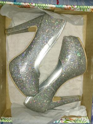 Zapatos de fiesta hermosos! 