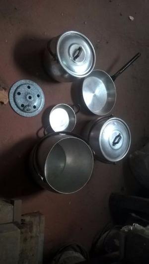 lote de ollas antiguas de aluminio