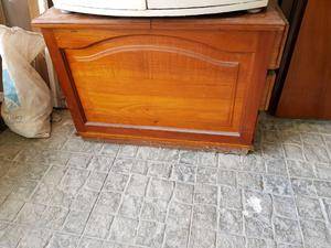 Mueble antiguo cedro