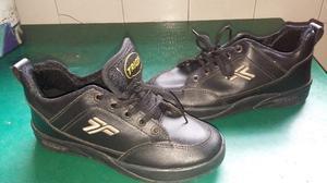 Zapatillas de cuero N° 36 usadas