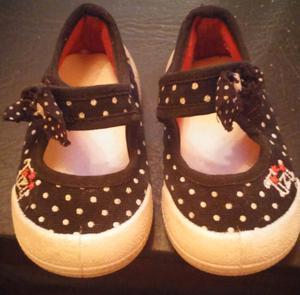 Líquido 3 pares de zapatillas