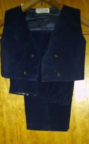 Pantalon y chaleco de pana nuevo talle 4.