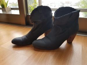 Vendo botas número 39