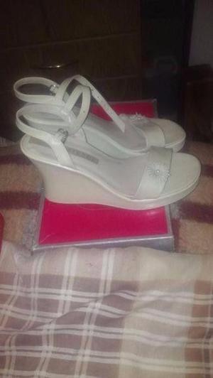 par de zapatos para 15