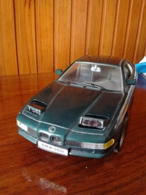 Auto De Coleccion Bmw 850i Fabrica Road Tough Escala 1/18