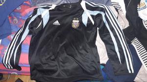 Buzo adidas Argentina