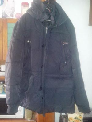 Campera acolchada de invierno casi sin uso