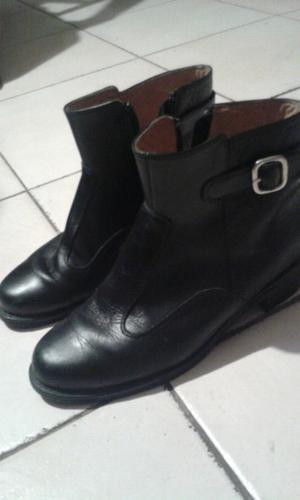 Vendo botas de cuero impecables