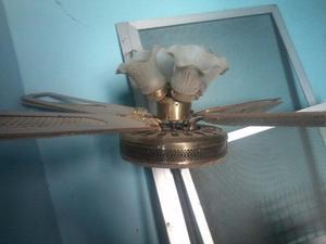 ventilador de techo con lampara usado anda