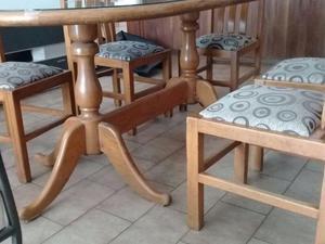 Juego de Mesa y seis 6 sillas