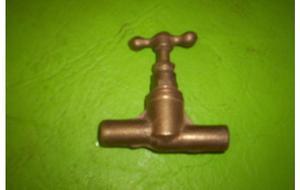 """1 llave de paso para soldar bronce de ½"""" sin uso $150"""
