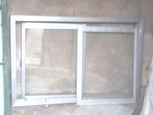lote de 3 ventanas 4 puertas mesada granito 140x60