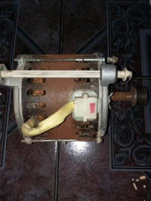 motor de lavarropa automatico !!!usado en muy buen estado